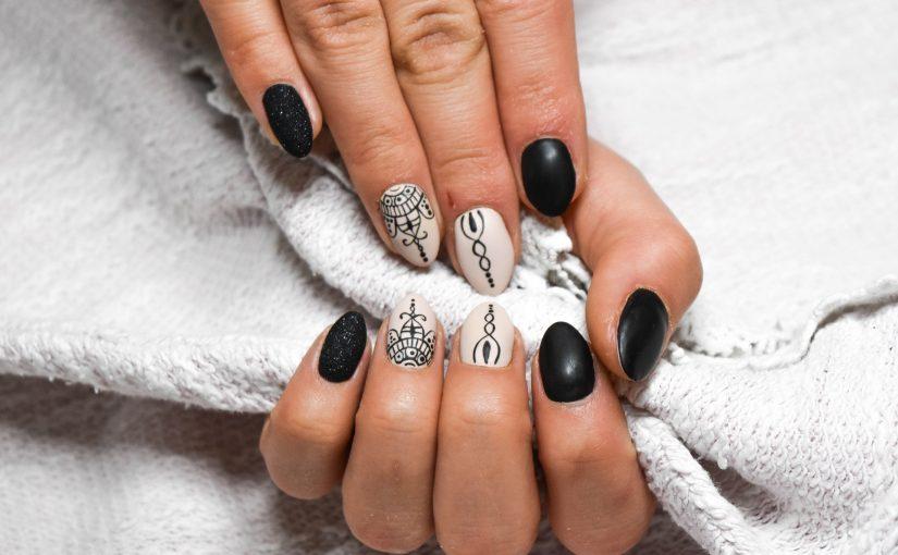 Scopri i tutorials unghie di SPN Nails